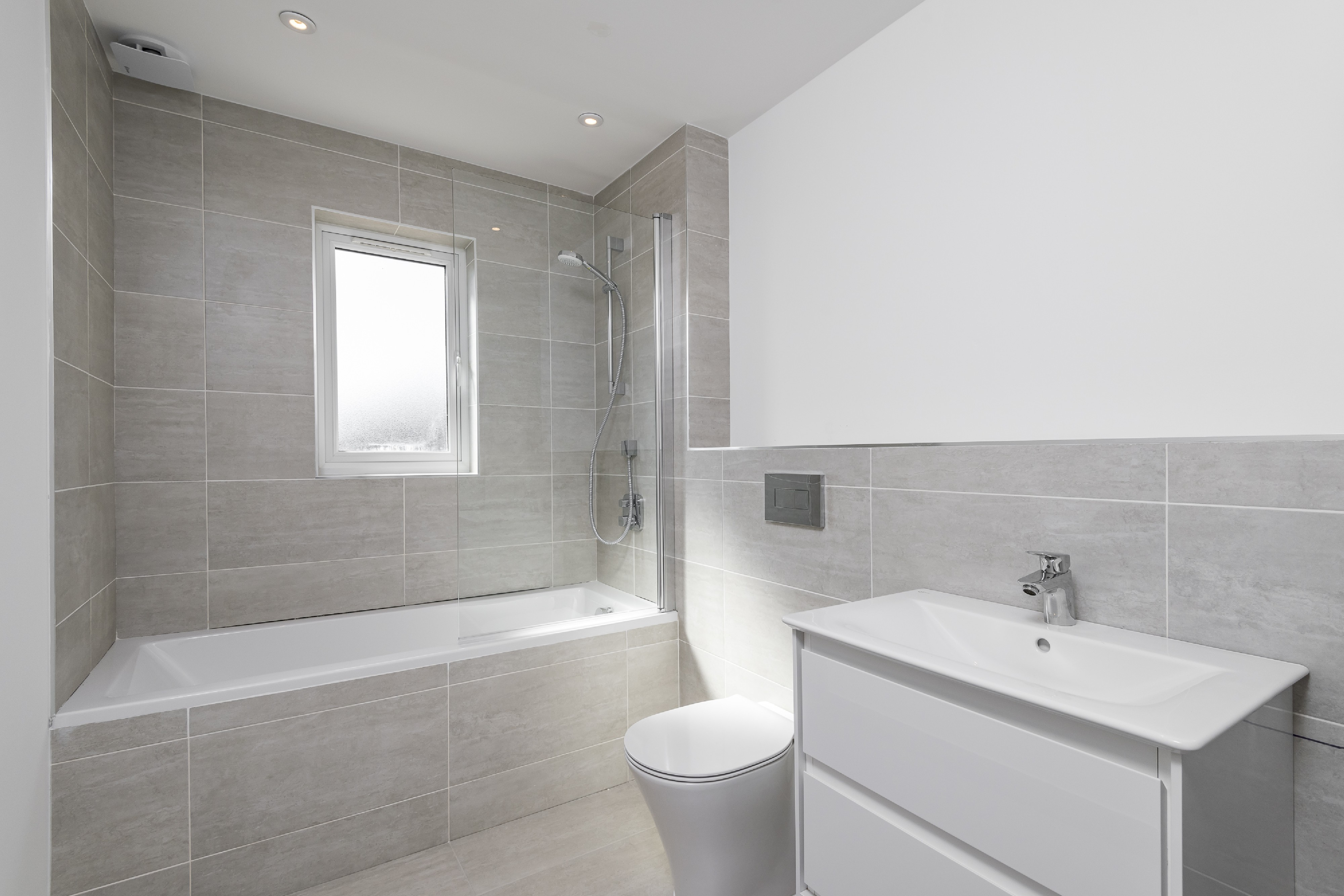 FMV Tilling Services for bathrooms in Redhill